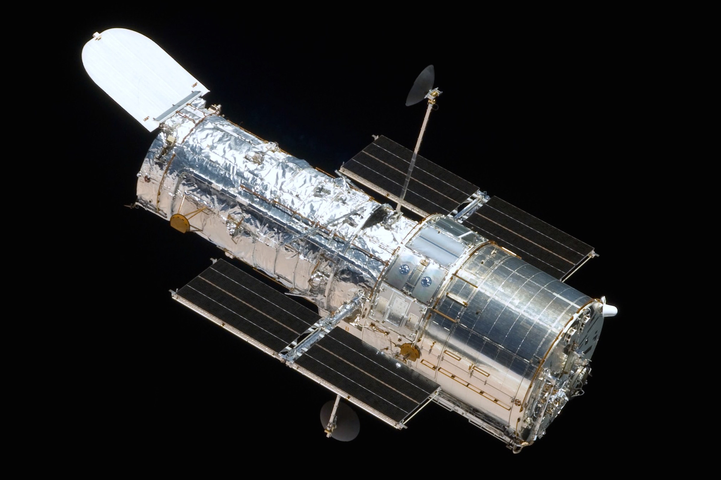 American Aerospace Controls Celebrates Hubble's 25 Years